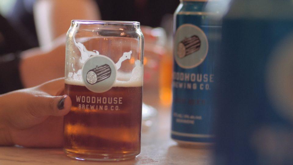 MAKE LOVE Woodhouse